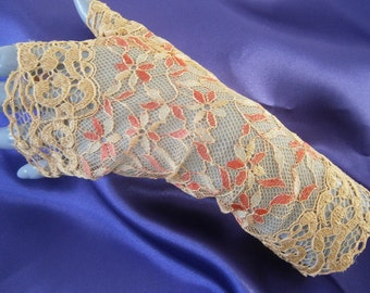 Mustard lace, lace of Calais lace evening gloves arm warmers fingerless gloves, fingerless lace not cheap, small gloves, fingerless gloves