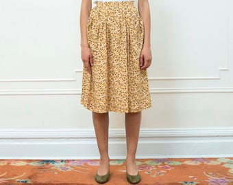 vintage yellow skirt | yellow floral midi skirt | high waist yellow flower print skirt | yellow floral gathered skirt | small | 1980s | 80s
