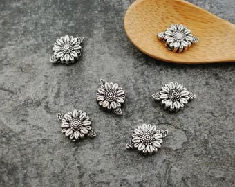 Beaded flowers, round beads, beads silver, 13 x 8.5 mm