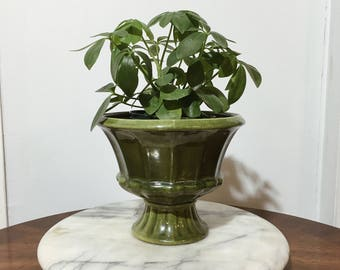 Mid-Century Planter    Vintage Pottery    Olive Green    Made in USA