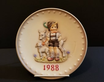 Goebel Collector Plate / Little Goat Herder / Hummel Collector Plate