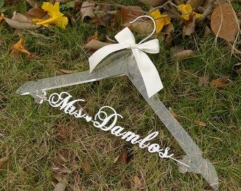Personalized Bridal Hanger, Custom Wedding Hanger, Clear Wedding Dress Hanger,Bride Bridesmaid Hanger Laser Cut Bridal Shower Gift TM-VET006