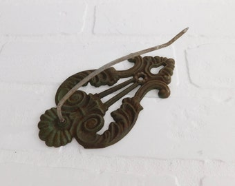 Vintage Cast Iron Receipt Note Bill Spike Spindle Wall Mount Green Metal, Farmhouse Decor