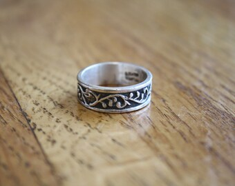 Vintage Silver Ornate Ring Size 8