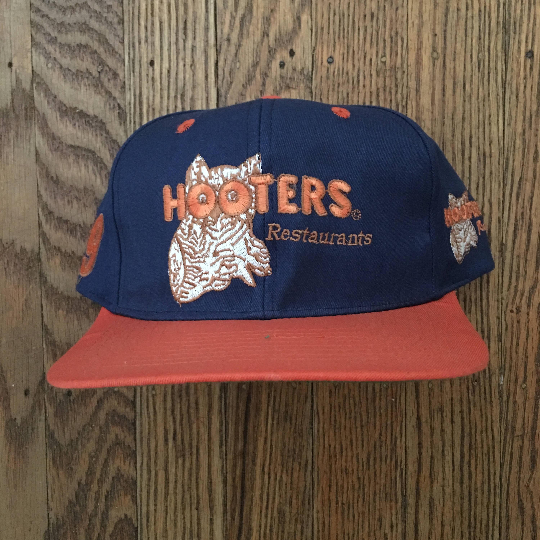 6e860a512c8b0 Vintage Hooters Restaurants Snapback Hat Baseball Cap