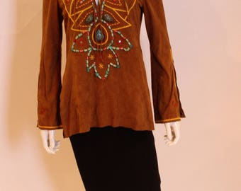 A 1970s Vintage Boho brown Suede Top with beaad work M