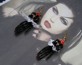 """""""The hands of DRACULA"""" HALLOWEEN earrings Gothic, steampunk"""