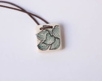 Square Ceramic Pendant with Green Leaves drawings