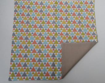 Napkin kids personalized towel canteen multicolored triangles, geometric patterns.