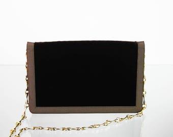 Brown velvet handbag & gold metal chain