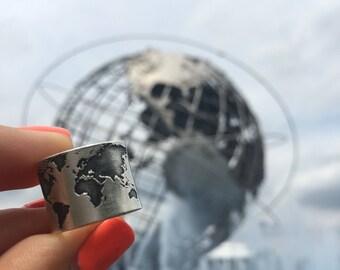 Worldmap Ring - Traveller ring - Worldmap silver ring - Adjustable Worldmap ring.