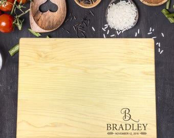 Custom Cutting Board, Custom Cutting Board Wedding, Custom Cutting Board Wood, Wedding Gift, Housewarming Gift, Name with Initial, B-0070