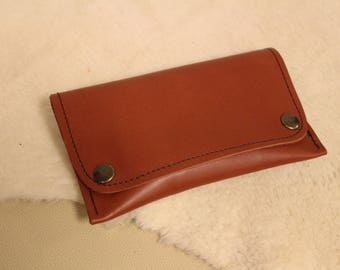 tobacco pouch; tobacco pouch; leather tobacco pouch. tobacco Brown