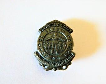 Vintage 50s Brass Chicago Motor Club School Safety Patrol Lapel Pin, Automobilia, Tie Pin, Mid Century, Auto Memorabilia, Badge, Shield