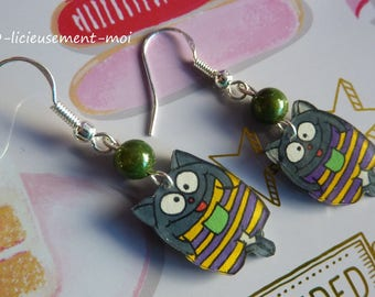 Earrings sterling silver 925 cat kawaii yellow purple striped overalls made of plastic crazy mad and green miracle bead