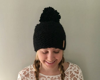 "Chunky Knit hat / Pom Pom Hat / Color Black /  ""Cary"" hat - Soft and Warm"