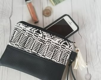 White Black Faux Leather, Wristlet Wallet, Makeup Bag, Personalized Wallet, Clutch, Phone, Gifts for Sister, Gifts for Mom, Birthday Gift