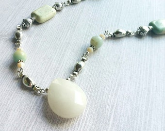 White Jade Necklace / Bead Necklace / Jade Jewelry / Silver and Bead Necklace / Stone Bead Necklace