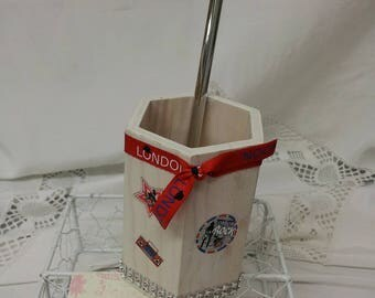 Pencil holder wooden London George C.