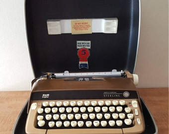 Vintage Working Typewriter~Vintage 1960s Manual Smith Corona Sterling with Case~Vintage Typewriter Industrial Office