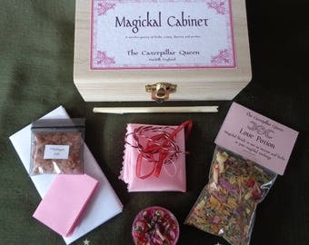 Love Spell Box - Kit for Romance Spells - Witches Gift of Love - LOVE MOJO - Valentines Wicca Pagan, magic love spell - Caterpillar Queen