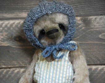 Vintage style Teddy Bear-Mohair Teddy Bear-Old Style Teddy Bear-Tattered Bear-Soft Sculpture-Artist Bear