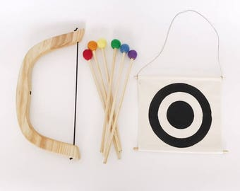 wooden bow and arrow, bullseye, pretend play, natural, play set
