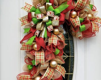 Candy Cane Mesh Wreath, Rustic Candy Cane Wreath, Xmas Wreath, Christmas Wall Decor, Holiday Decor, Candy Cane Decor, Best Door Decor