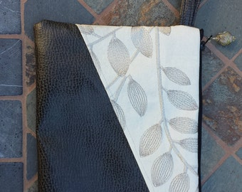 Leaves vegan leather wrist bag with lampwork glass bead zipper pull