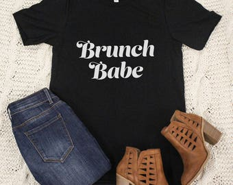 Brunch Babe Graphic Tee..Love Breakfast..Sunday Morning Brunch..Funny Graphic Tee..Blogger Life