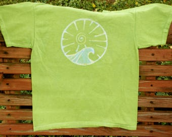 Bright green spiral sun and wave tee