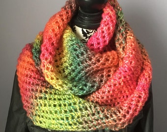 Knitted Cowl, Handmade Knit Cowl, Ladies Cowl, Cowl Scarf, Women's Cowl, Fall Cowl, Winter Cowl, Colourful Fall Scarf, Fashion Scarf