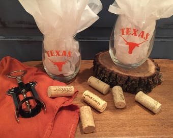 Texas University Wine Glass/Longhorn Wine Glass/Custom Wine Glass/Personalized Gift/Wine/Gift/Birthday Gift/Anniversary Gift/University