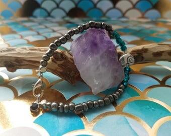 Oceanic Bracelet - Quartz, Glass, with Silver Plated Ammonite Bead