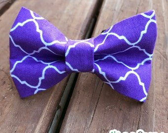 Dog or Cat Bow Tie, easy-on velcro fastenings, purple quatrefoil