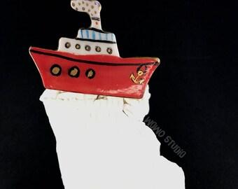 CERAMIC BROOCH GOLD,ship brooch,sea brooch,nautical brooch,cartoon,cute brooch,fun brooch,unique,coat,original gift,fashion accessories,