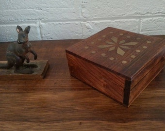 Wooden Trinket Box with Brass Inlay / Indian Wooden Lidded Box with Brass Inlay
