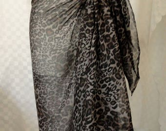 Sarong, Animal print sarong, Beach cover up, Oversized scarf, Shawl, Beach wrap, Fashion accessories