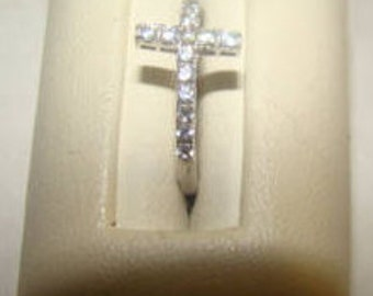 SALE Pretty Vintage Sterling Silver and Cubic Zirconia Cross Ring