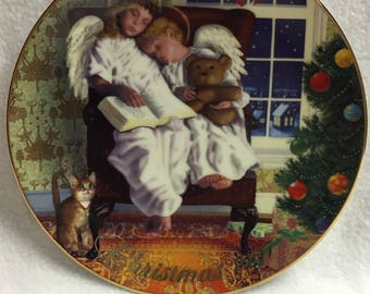 Avon 1997 Christmas Plate - Heavenly Dreams (#027)