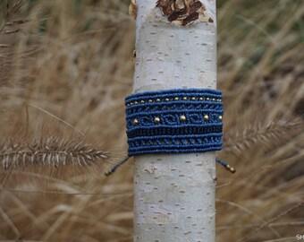 Macrium Bracelet in blue