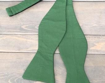 Green Bow Tie - Mens Bow Tie - Self Tie