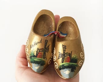 Vintage hand carved pair Dutch Clogs - gold hand painted - holland - wood clogs - shoes #046