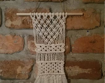 White Cotton Macrame Wall Hanging