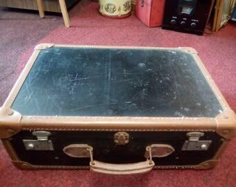 Vintage Suitcase/ Vintage Storage/ Window Dresssing/ Prop for 1920s & 1940s  Reenactors/ Vintage- Shabby Chic Wedding Accessory