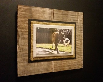A024_Reclaimed wood 4x6 picture display
