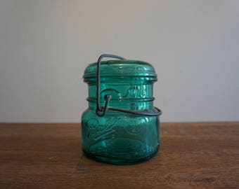 Vintage Ball Ideal Mason Canning Jar with Eagle Seal Wire Glass Lid