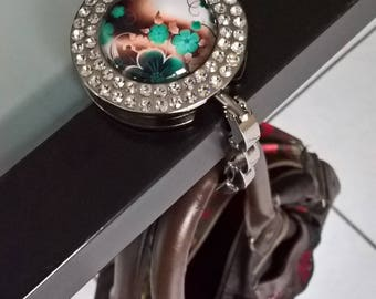 Bag hook with glass cabochon 30mm Green/Brown flowers