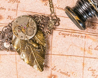 Necklace steampunk bronze watch movement old filigree leaf and frog - Froggy Time