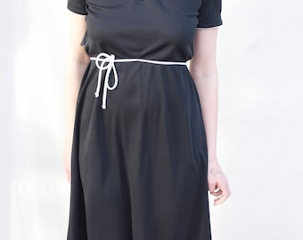 vintage black dress with white details size small / medium